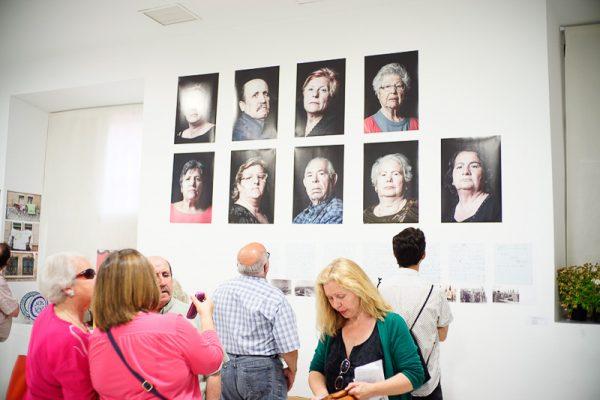 Deriva escuela de fotografía en Granada exposiciones en el espacio de Ínsula Sur